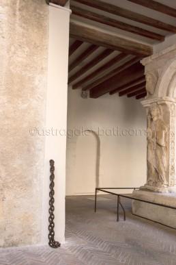 Astragale Cathédrale d'Aix en Provence - Cloître