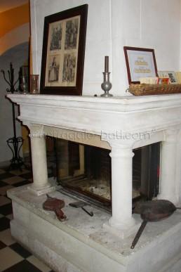 Astragale Musée d'Art et Tradition (Château Gombert) - Taille et pose de cheminée