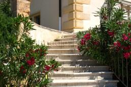 Astragale Restauration d'escalier en pierre - Taille et pose de pierre
