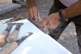 Astragale Taille et gravure de pierre